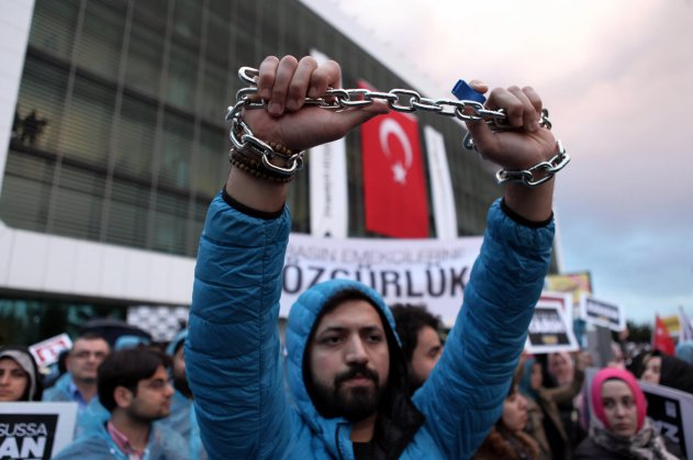Protesting the government takeover of Zaman newspaper, in Istanbul.  Credit Emrah Gurel/Associated Press