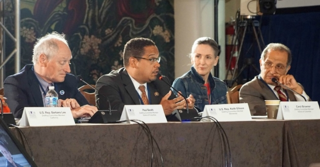 Members of the Democratic party Platform Committee, including (from left to right) American Federation of State, County, and Muncipal Employees executive assistant to the president, Paul Booth, U.S. Rep. Keith Ellison (D-Minn.), former White House Energy and Climate Change Policy director Carol Browner, and Palestinian rights academic James Zogby. (Photo: DNCC)